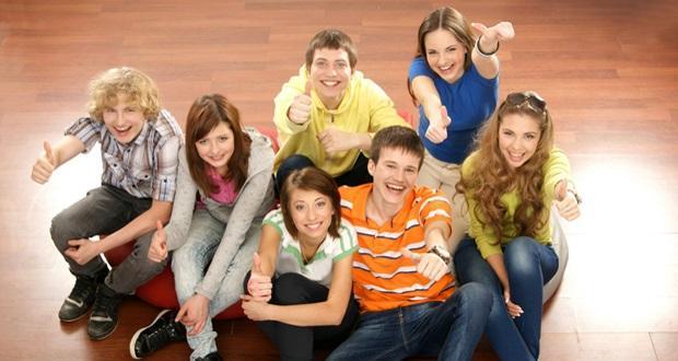 Психолог родителям: почему групповая терапия лучший выбор для вашего подростка